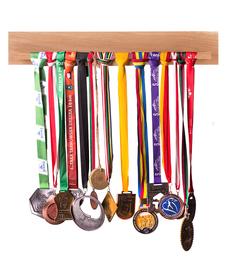 Wieszak na medale poziomy, dębowy